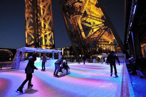 Patinoire-Tour-Eiffel-©SETE-C-Bamale
